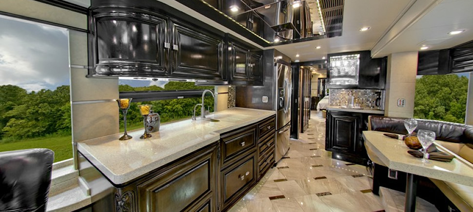 Luxury Rvs And Motorhomes From Outlaw Coach Prevost Motor